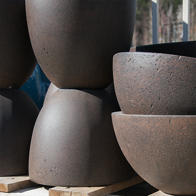 Vente de poterie en terre à Roussillon (Vaucluse)